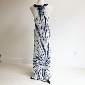 American Twist | Tie Dye Dress | Black/White | L